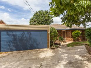 Close to shops, schools & the bay! - Redland Bay