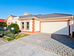 Outstanding Courtyard Living With Investment Opportunity - Woodville West