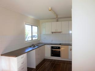 HIGHSET  CLOSE TO PARK AND SCHOOL,3 BED,1BATH - Woodridge