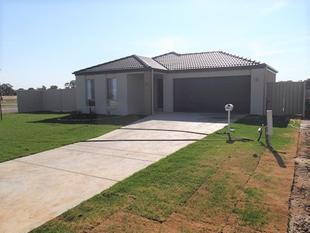Investors Dream.... Near New - Corowa