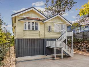 CHARACTER FILLED FAMILY HOME ON TOP OF THE HILL - Bardon