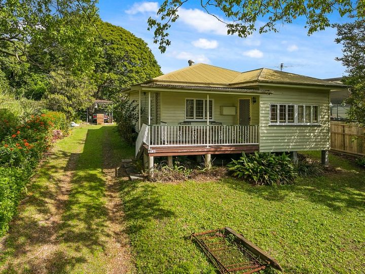 1572 Logan Road, Mount Gravatt East, QLD