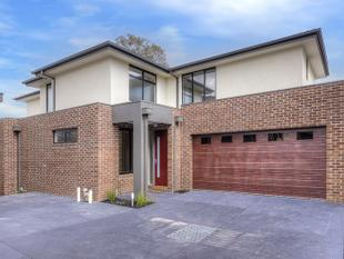 Stylish Executive Living in Premium Location! - Doncaster East