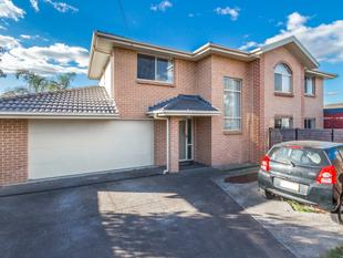 5 Min Walk To Train Station - Doonside