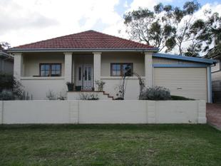 Family home - Available Now... - Loftus