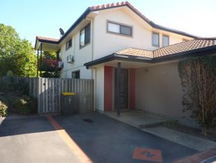 MODERN PET FRIENDLY TOWNHOUSE IN GREAT LOCATION OF EIGHT MILE PLAINS - ONE WEEK FREE RENT - Eight Mile Plains