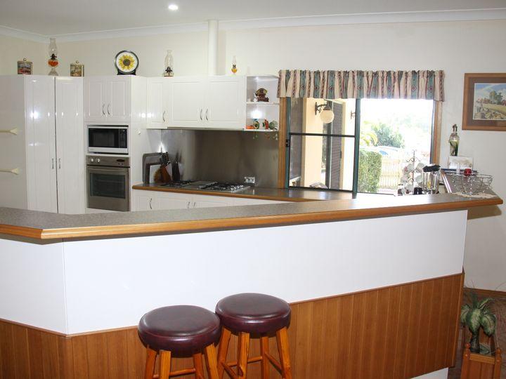6 Amanda Court, Tannum Sands, QLD