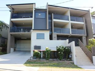 $380 PER WEEK-  ONE WEEKS RENT FREE!! UNFURNISHED 2 BEDROOMS + COURTYARD - YOU CAN EVEN BRING YOUR PET!! - Norman Park