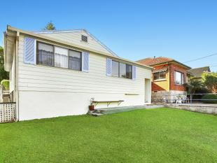 Opportunity awaits in the perfect Manly Vale location - Manly Vale