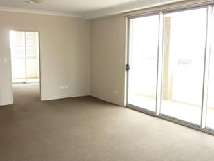 Modern Two Bedroom Apartment with Security Parking - Kingsford
