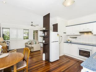 Modern 2 bedroom apartment in the heart of Coorparoo! - Coorparoo
