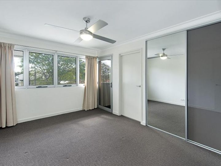 2002/67 Linton Street, Kangaroo Point, QLD