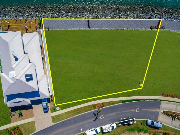 Lot 4 and 5 Airlie Esplanade, Airlie Beach, QLD