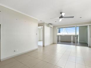 Near New Apartment with Roof Top Terrace - Kangaroo Point