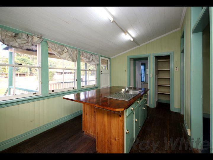 29 Lindsay Street, Bundamba, QLD