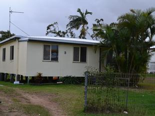 NEAT & TIDY FAMILY HOME CLOSE TO TOWN - Yeppoon