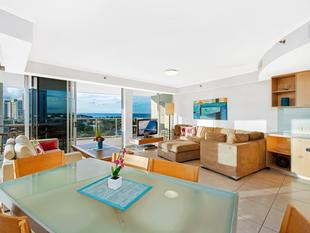 Spectacular Corner Apartment  Big Balconies Big views - Maroochydore