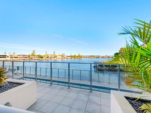 Magnificent Main River Views - Sentosa Waters - Surfers Paradise