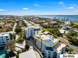 Whole Floor Penthouse with Wide Water Views at Entry Level Pricing - Runaway Bay