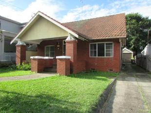 WELL PRESENTED SPACIOUS 3 BEDROOM FAMILY HOME! - Hurstville