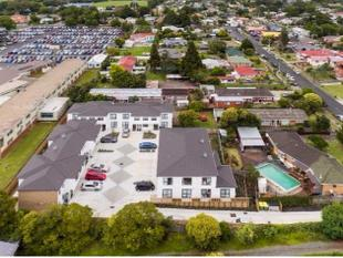 5 Freehold Unit Title Fantastic Cash Flow - Mangere East
