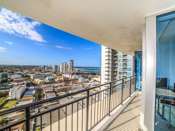 21809/5 Lawson Street, Southport, QLD