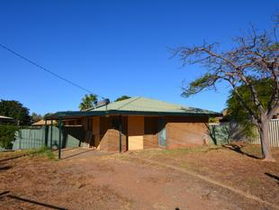 3 Bedroom Brick Home - Carnarvon