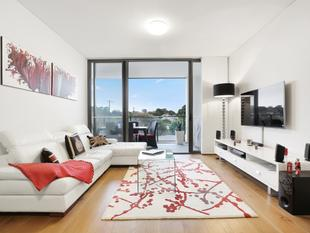 Luxe lifestyle abode w/ City views - Erskineville