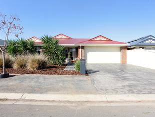 CLASSY 4 BEDROOM FAMILY HOME - Munno Para West