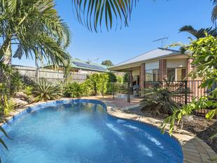 UNIQUE HOME, CRACKING LOCATION, ENTERTAINERS DREAM WITH A POOL!!!, - North Lakes