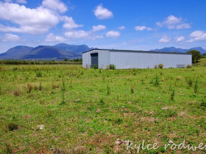 Lot 6 and 8 Carneys Creek Road, Croftby, QLD