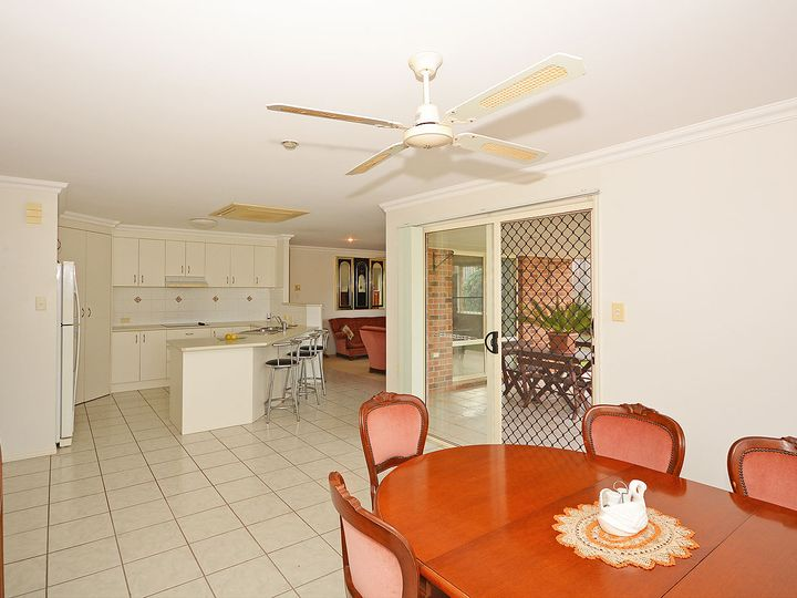 10 Arlington Court, Kawungan, QLD