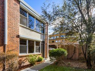 A One Bedroom Townhouse in The Heart of Box Hill - Box Hill