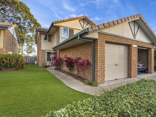 End Unit Kirra Shores Townhouse - Tweed Heads