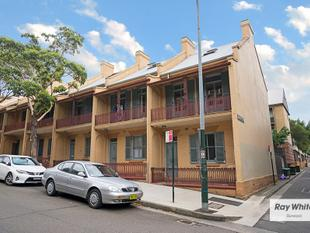 Large & Spacious 3 Bedroom In The Heart of Sydneys University Precinct! 0422 807 874 - Ultimo