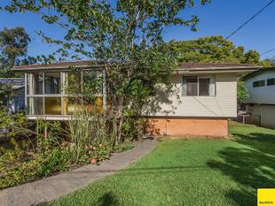 OPEN HOME:  SAT 29JUL @ 11:30AM          JINDALEE -  LOVELY FAMILY HOME IN QUIET STREET - Jindalee