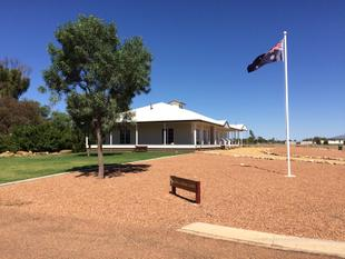 Grand, Designer Home with Stunning Outlook - Longreach