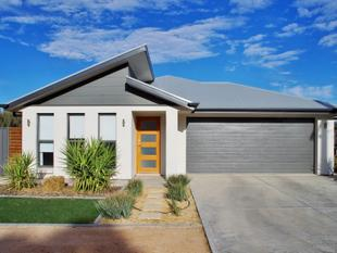 Modern Home, Fantastic Location! - Renmark