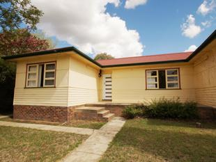 Close to Armidale High School - Armidale
