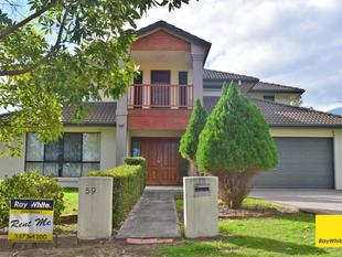 """ONE WEEK'S RENT FREE WITH 12 MONTH LEASE""    EDENBROOKE HOME  -  SPACIOUS 5 BEDROOM HOME WITH POOL & AIR CON - Seventeen Mile Rocks"