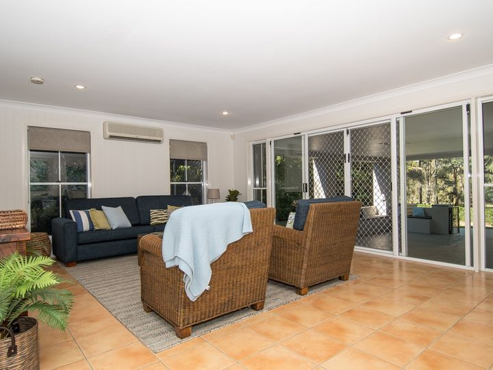 71 Chichester Drive, Arundel, QLD