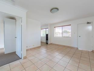 APPROVED APPLICATION - Location, Location - Walking Distance to Everything!!! - Chermside