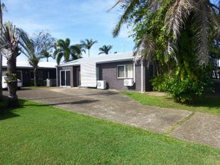 LOW SET UNIT WITH YOUR OWN PRIVATE CHILDREN'S PLAYGROUND - South Mackay