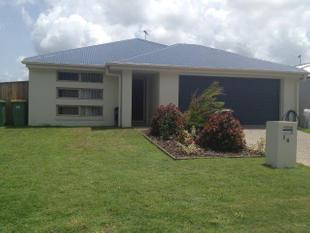 FAMILY FRIENDLY FOUR BEDROOM AIR CONDITIONED HOME - Blacks Beach