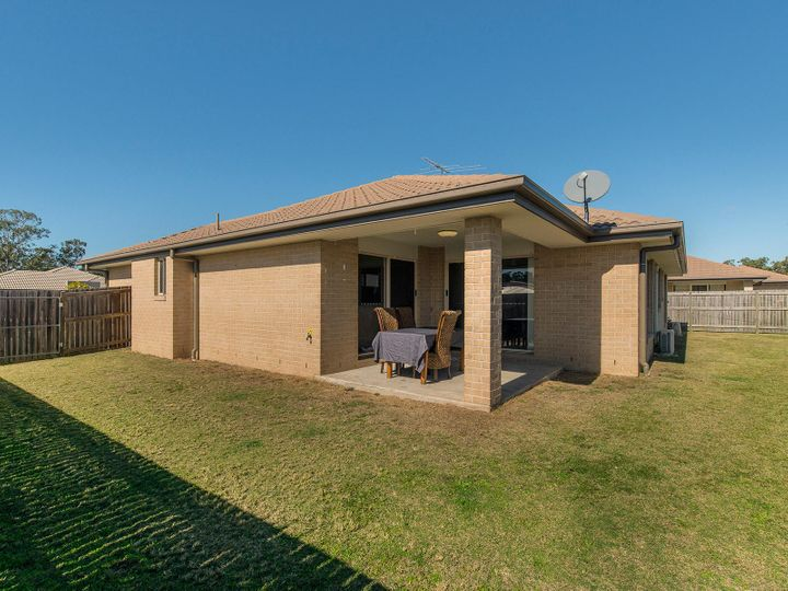 30 Gordon Drive, Bellbird Park, QLD