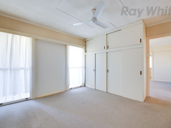 13 Hayes Street, Raceview, QLD