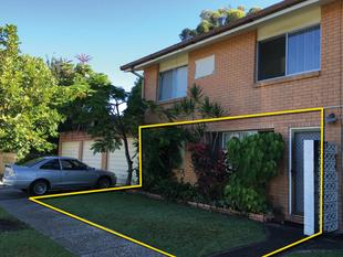 Small Block of 3 Units, Huge Development Potential - Calling all Savvy Investors! - Chevron Island