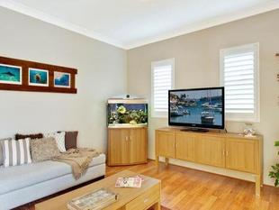 Modern, Two Bedroom, Unfurnished Apartment with Garage - Manly Vale