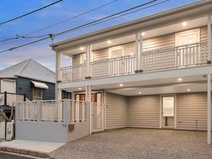 Stunning New Home in Prime Location! - Petrie Terrace