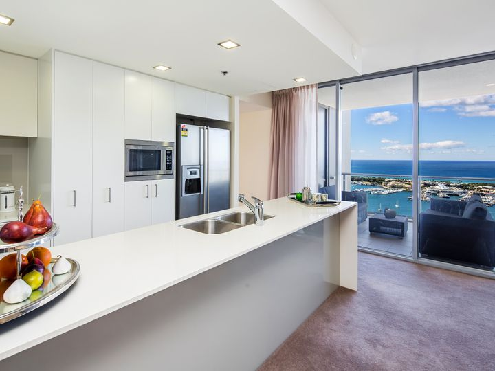 2805/38 Scarborough Street, Southport, QLD